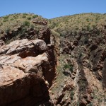 Serpentine Gorge - steep cliffs
