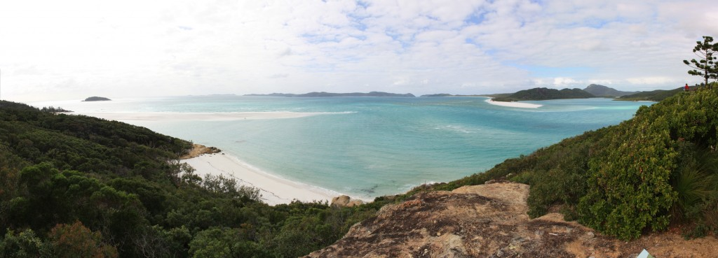 Whitehaven Beach, Haslewood Island on the horizon