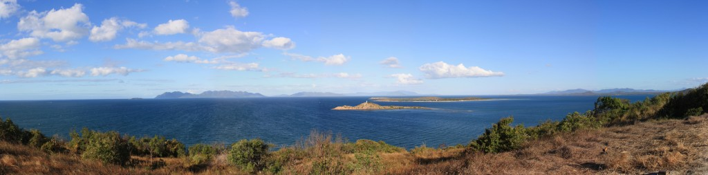 Bowen's seascape: Gloucester Island in the back, North Head Island and Stone Island up front